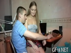 she is plays with large rod of guy