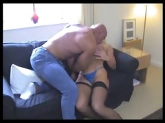 sexy muscle dad acquires bj from a fortunate