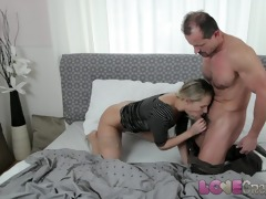 love creampie zuzana in nylons takes cock and cum